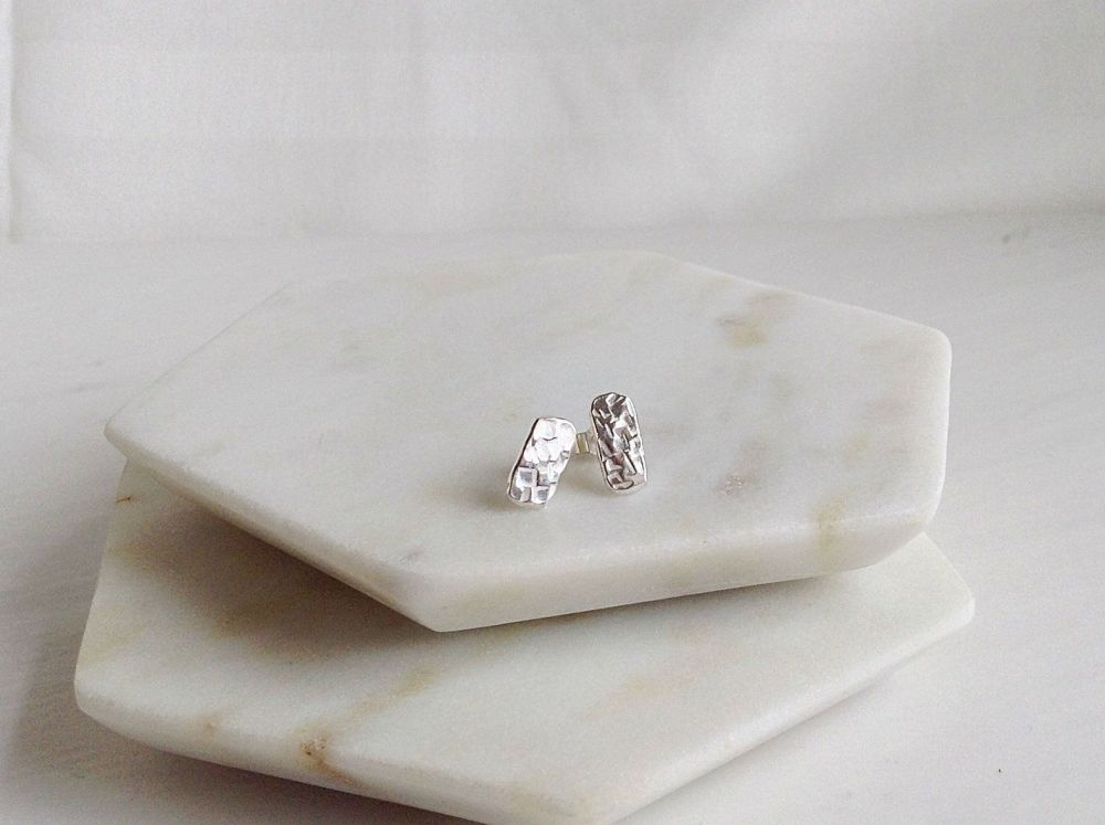 Silver Bar Stud Earrings.  Item DS 030