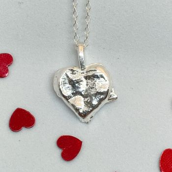 Heart necklace 3