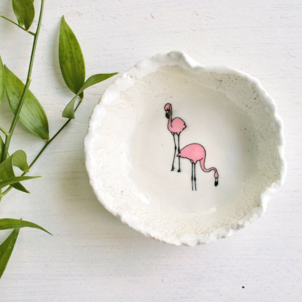 Pink flamingos trinket dish, for your rings, earrings and delicate chains.