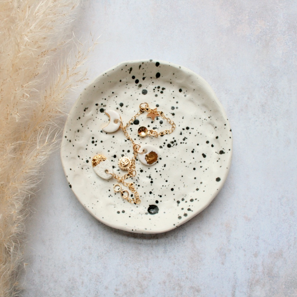 Speckled ceramic trinket dish, for your rings, earrings and delicate chains