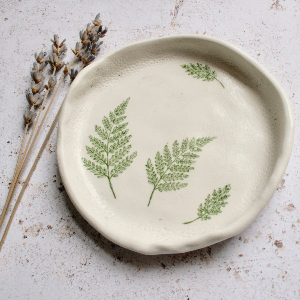 Fern ceramic dish, for your rings, earrings or tealights.