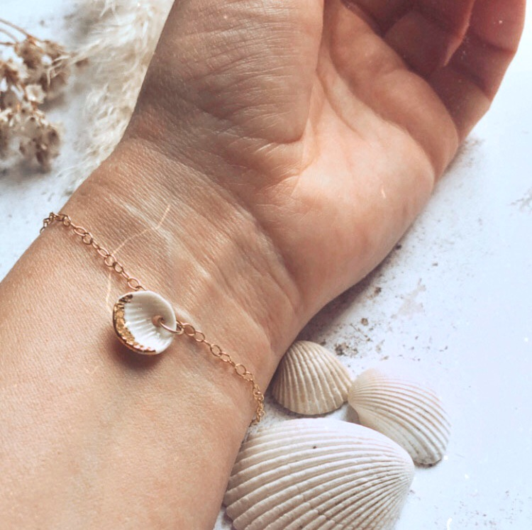 Gold bracelet with handmade porcelain shells