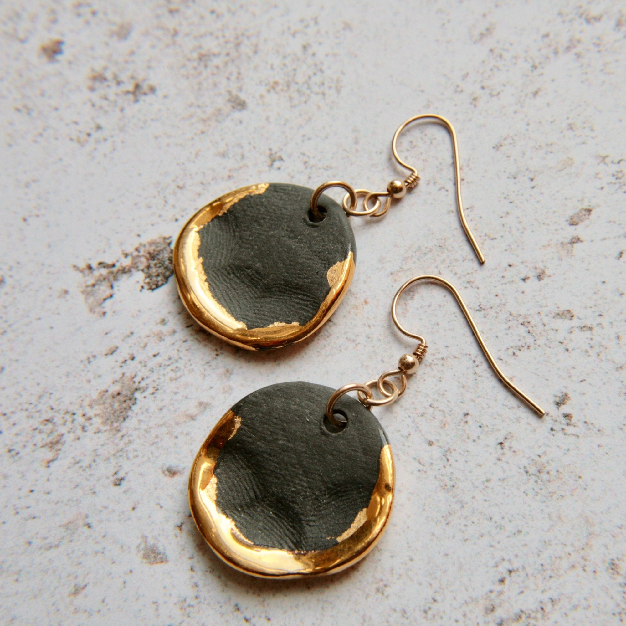 ceramic jewellery black and gold
