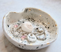 Speckled ceramic trinket dish, for your jewellery, palo santo or candles. Gold splashes.