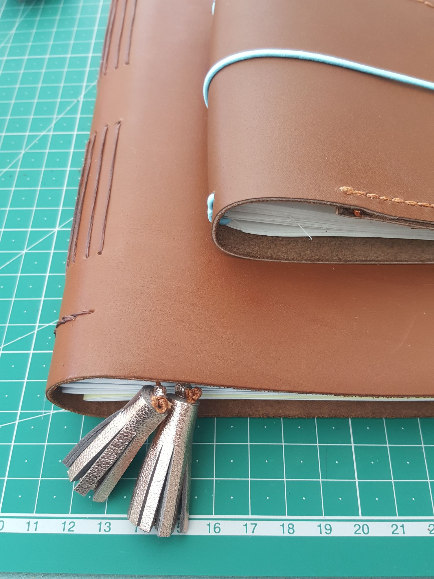 felt and leather tablet case