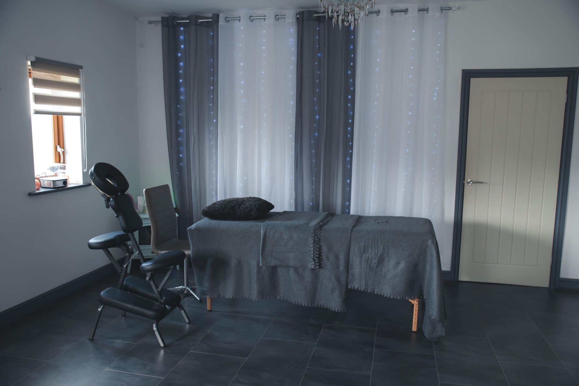 treatment space to hire Bolton
