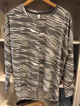 Pale grey Zebra Jumper