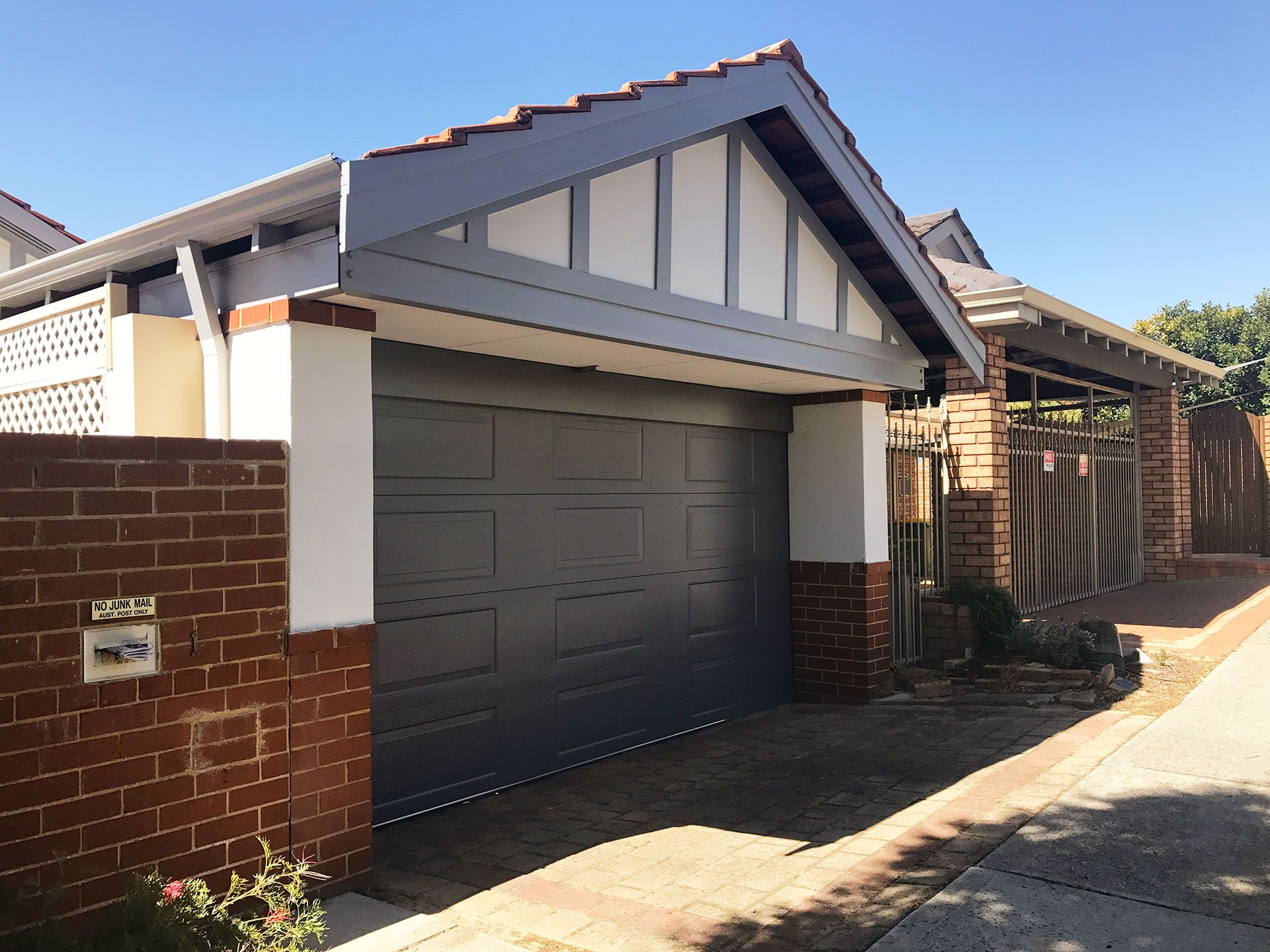 Garage Door Repairs Perth and Mandurah
