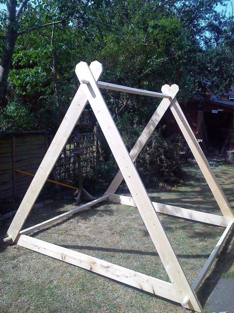 A frame tent 2 man wooden frame