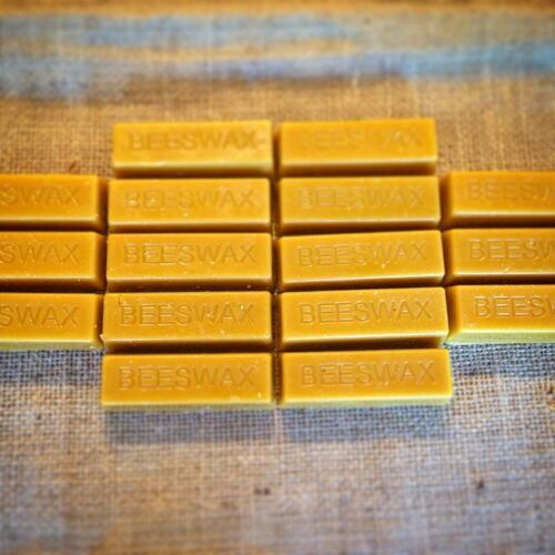 beeswax bars solid wax for bows, shoes re-enactment larp LHE