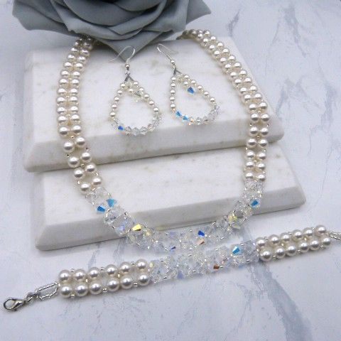 <!-- 005 --> 3 Piece Bridal Jewellery Sets