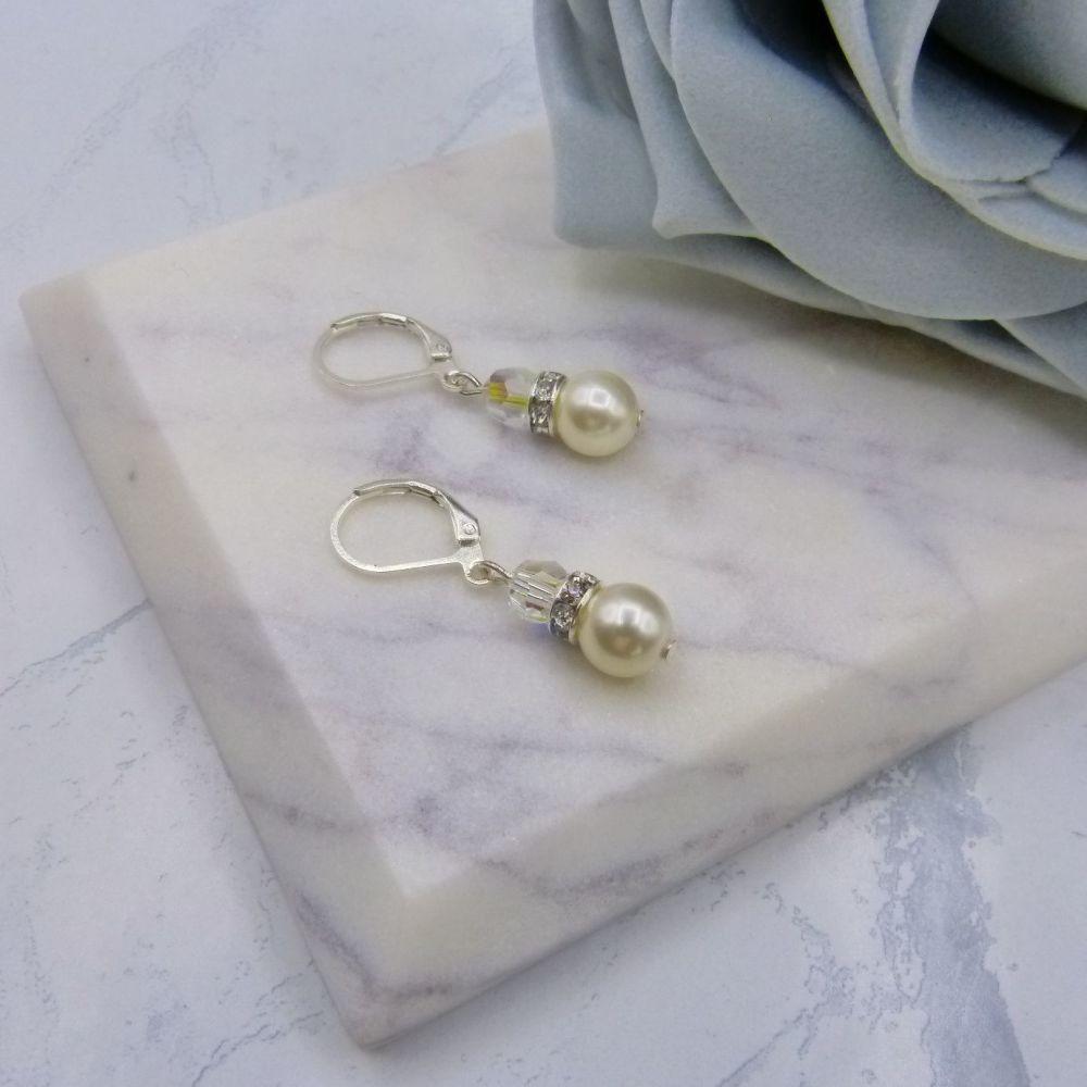 Bronwyn Earrings (NEW)
