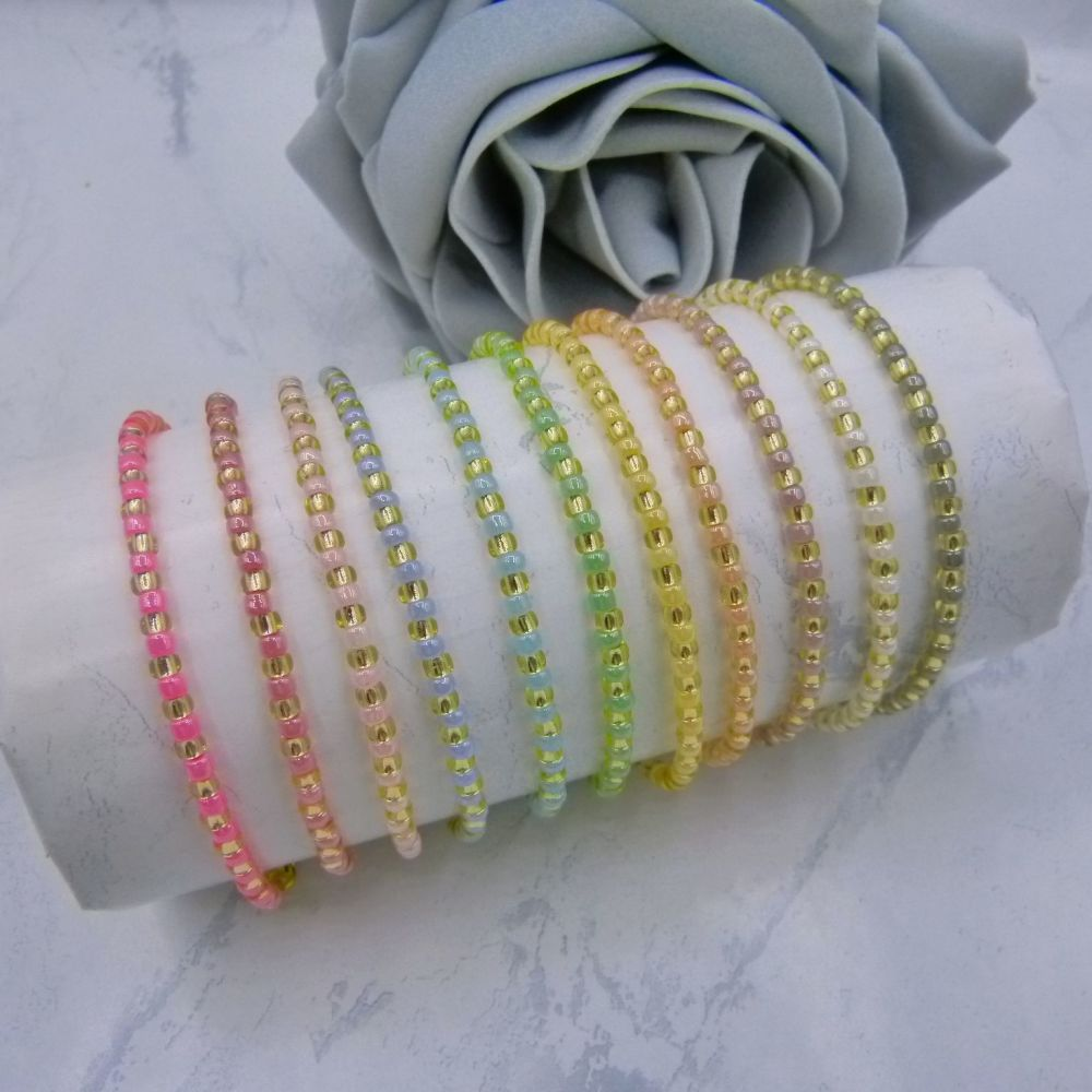 Pearlised Stripe Seed Bead Bracelets (Gold)