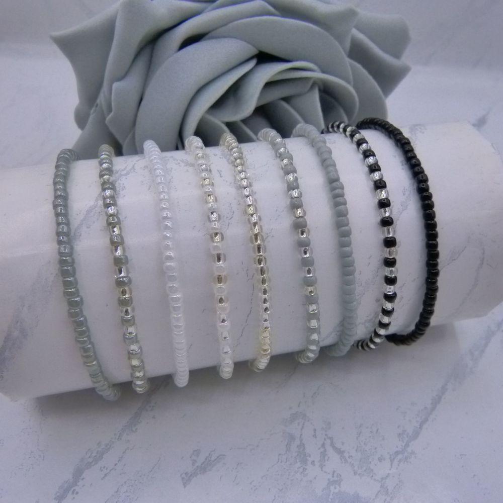 Monochrome Seed Bead Bracelet Set (Silver) x9