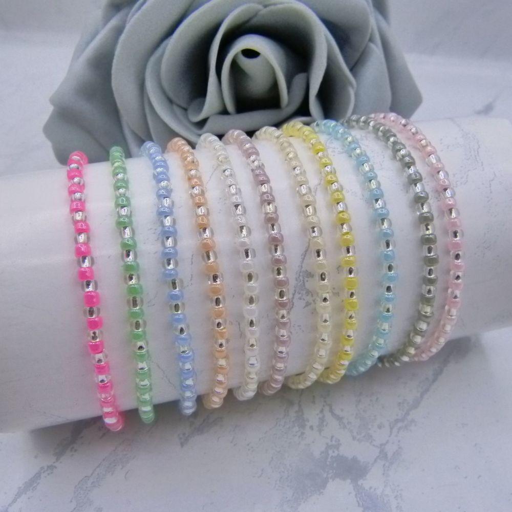 Pearlised Stripe Seed Bead Bracelets (Silver)