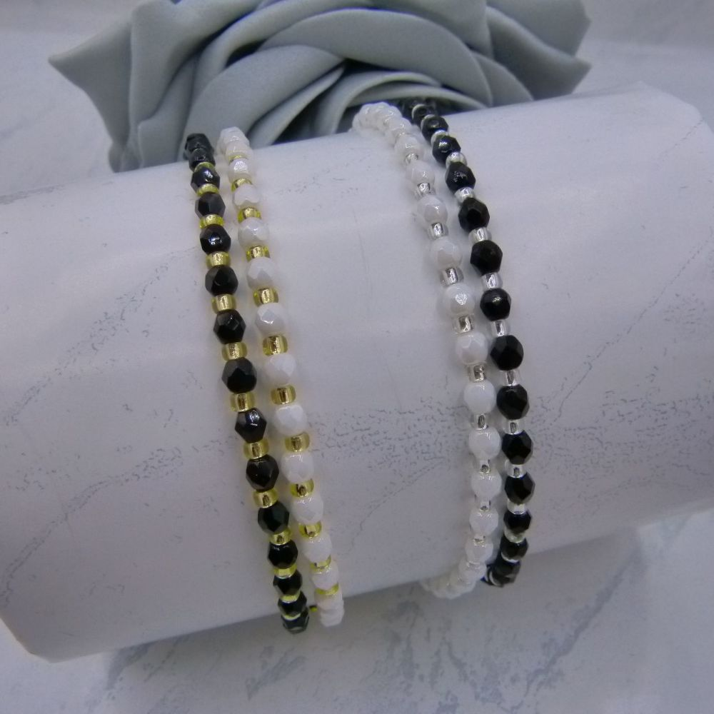 Set of 2 Black & White Anklets