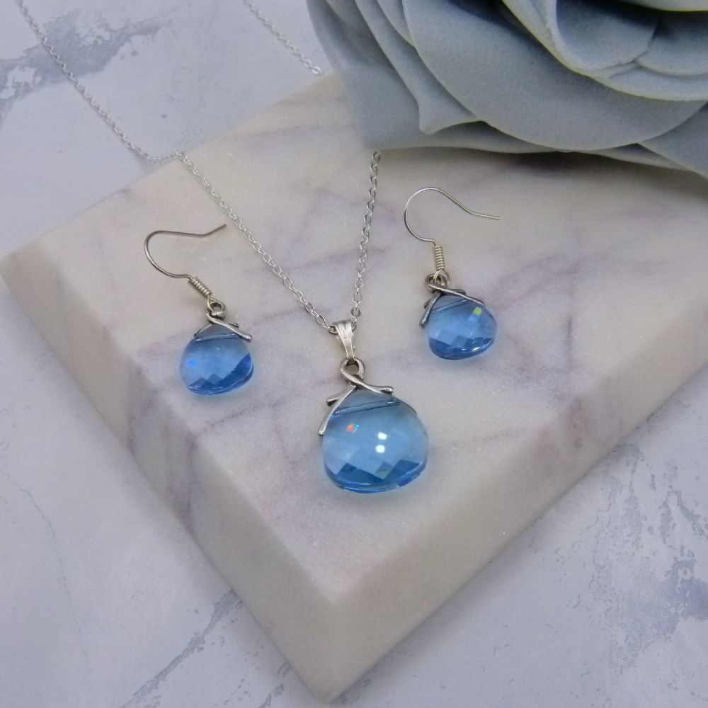 Aquamarine Crystal Jewellery Set