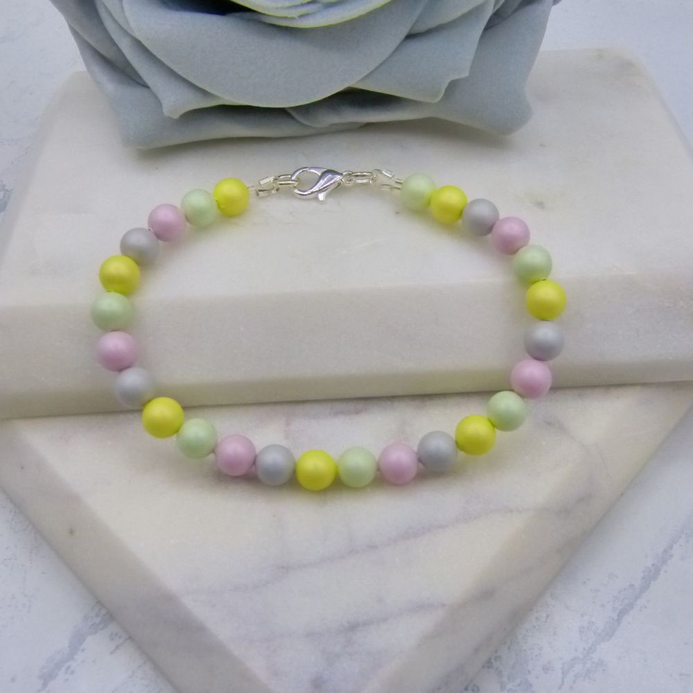 Pastel Coloured Pearl Bracelet