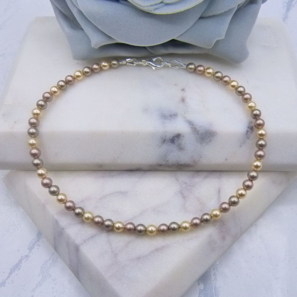 Shades of Gold Pearl Anklet