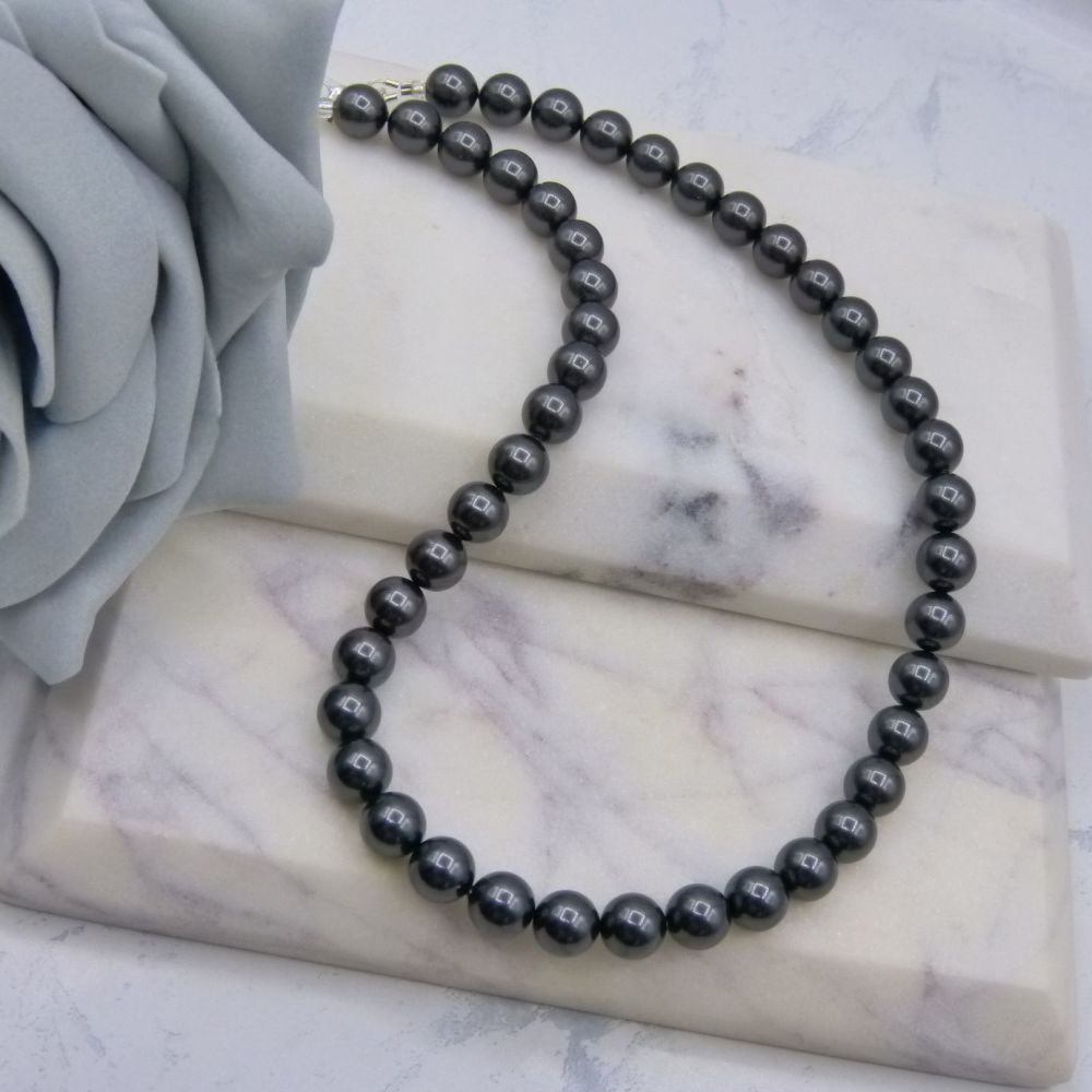 Classic Black Pearl Choker/Necklace