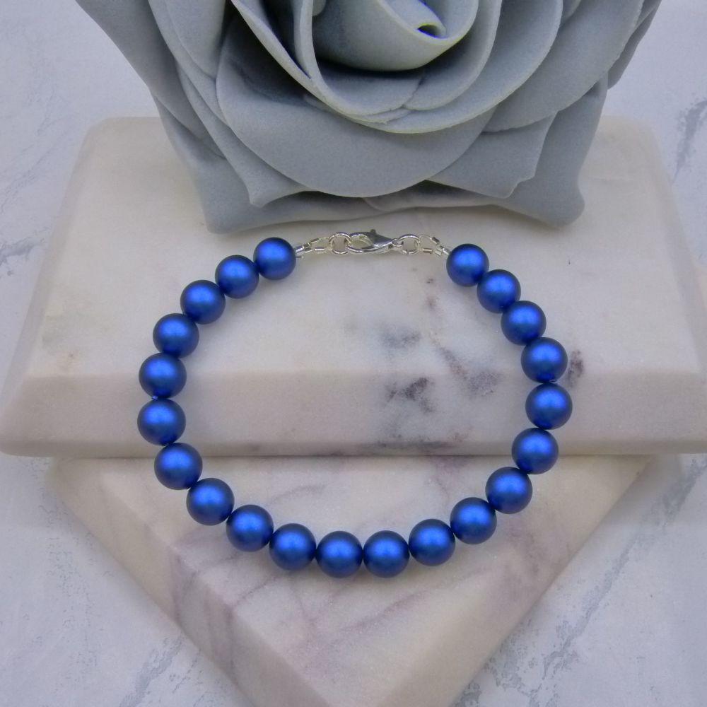 Iridescent Dark Blue Large Pearl Bracelet
