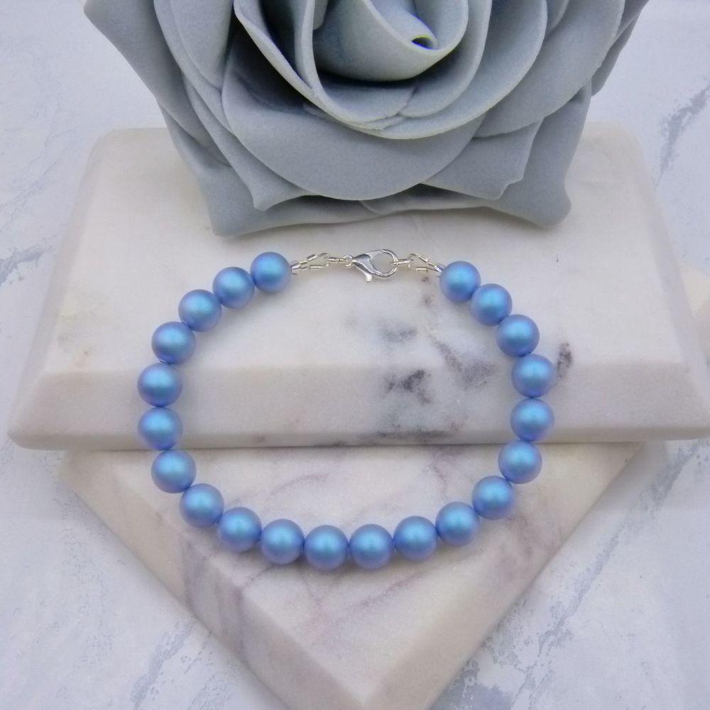 Iridescent Light Blue Large Pearl Bracelet