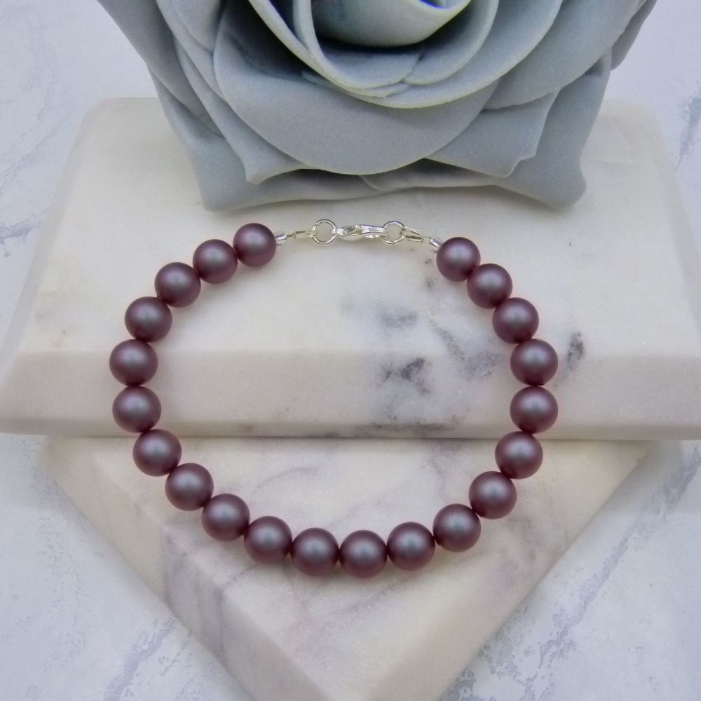 Iridescent Red Large Pearl Bracelet