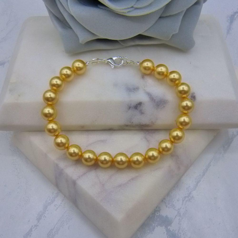 Gold Large Pearl Bracelet