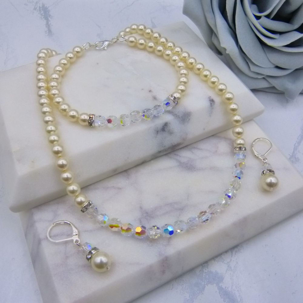 Bronwyn Cream Pearl & Crystal Set