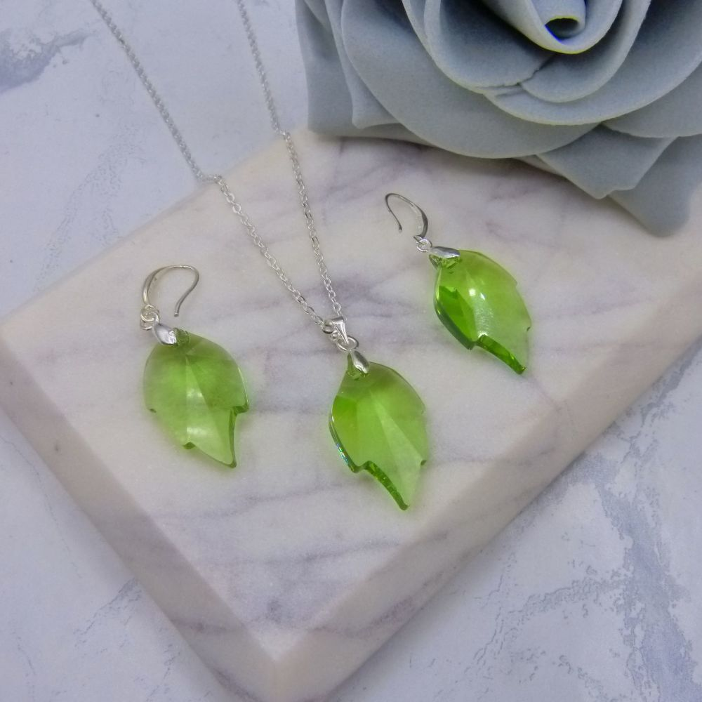 Peridot Green Crystal Leaf Jewellery Set