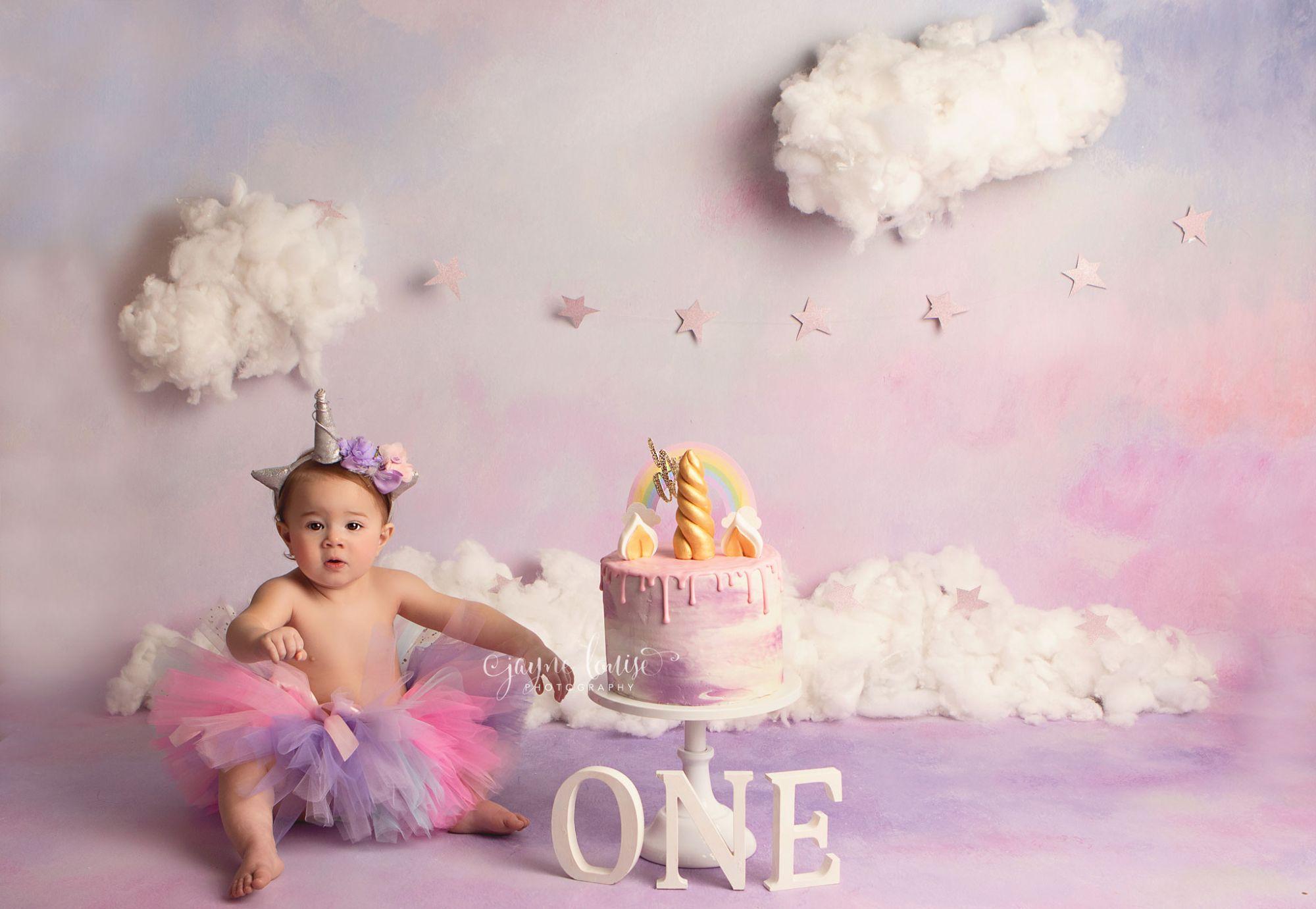 Newborn photographs Baby photos