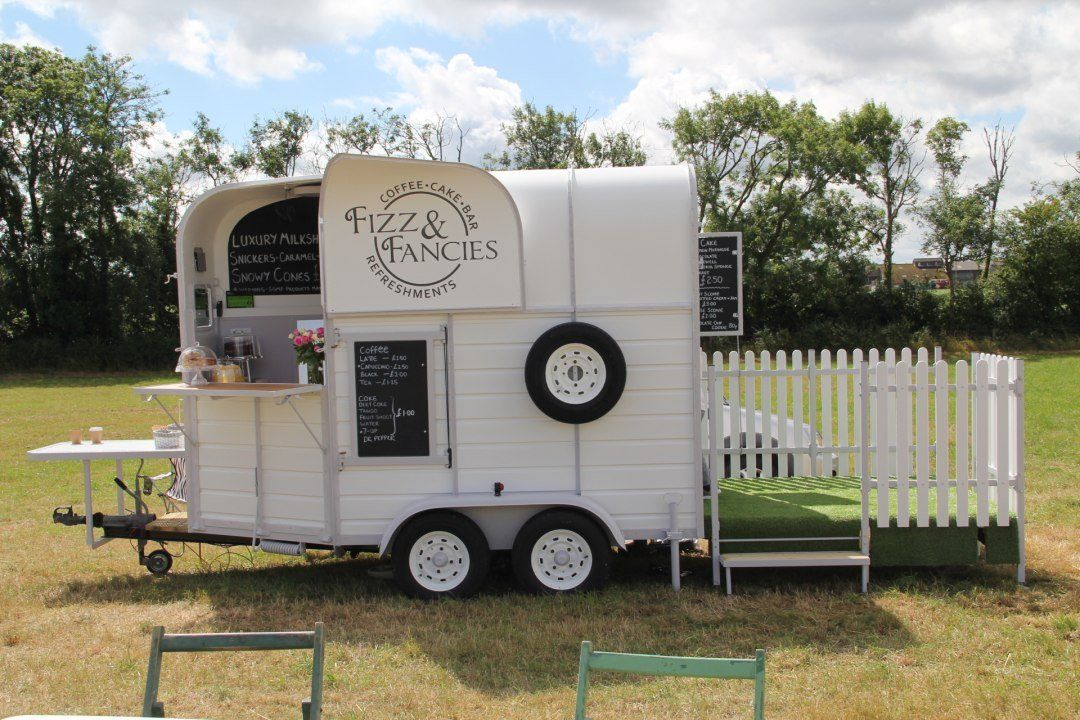 Horsebox bar Tea Wedding