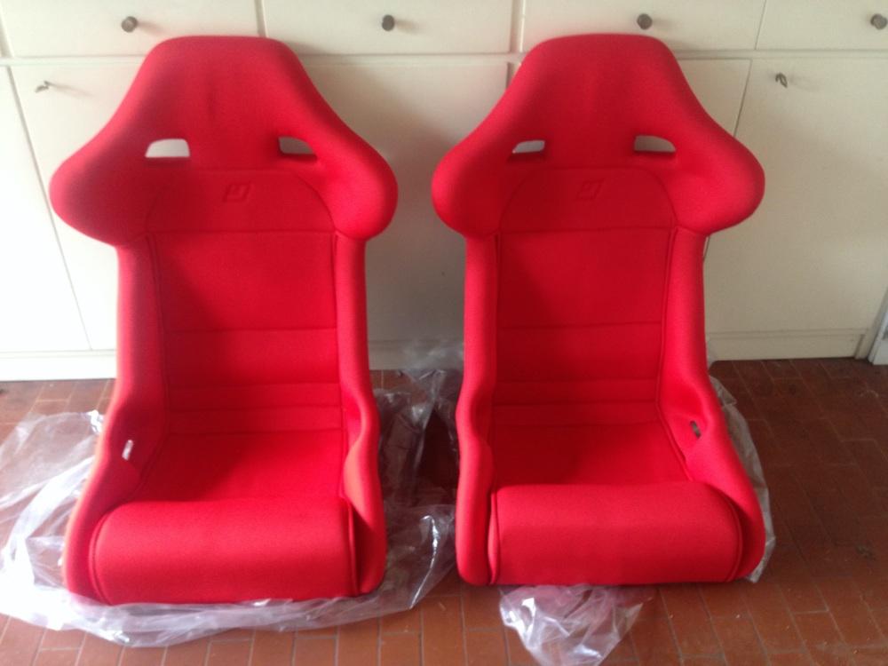 Ferrari F40 Euro Seat Covered