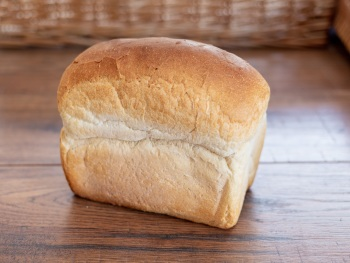 PREMIER SMALL WHITE TIN LOAF (INDIVIDUAL)