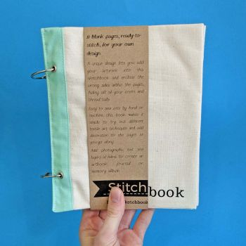 Portrait Stitchbook (Cotton and mint)