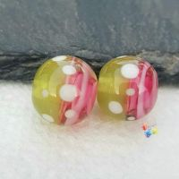 Pink Ribbon & Green  Spot Round  Glass Lampwork Beads