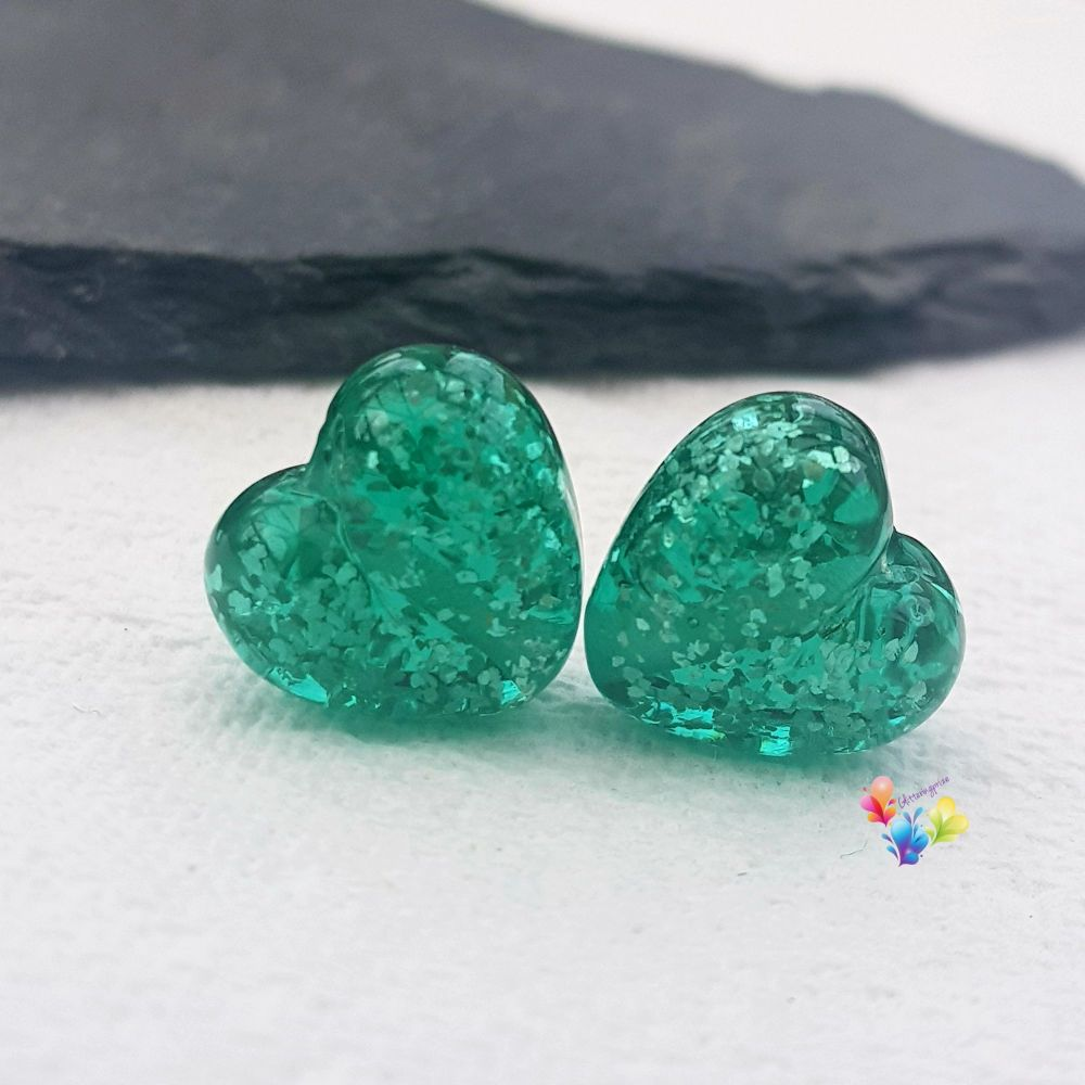 Light Emerald Sparkle Hearts Lampwork Bead Pair