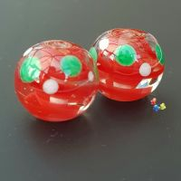 Red Ribbon Christmas Spot Pair Lampwork Beads