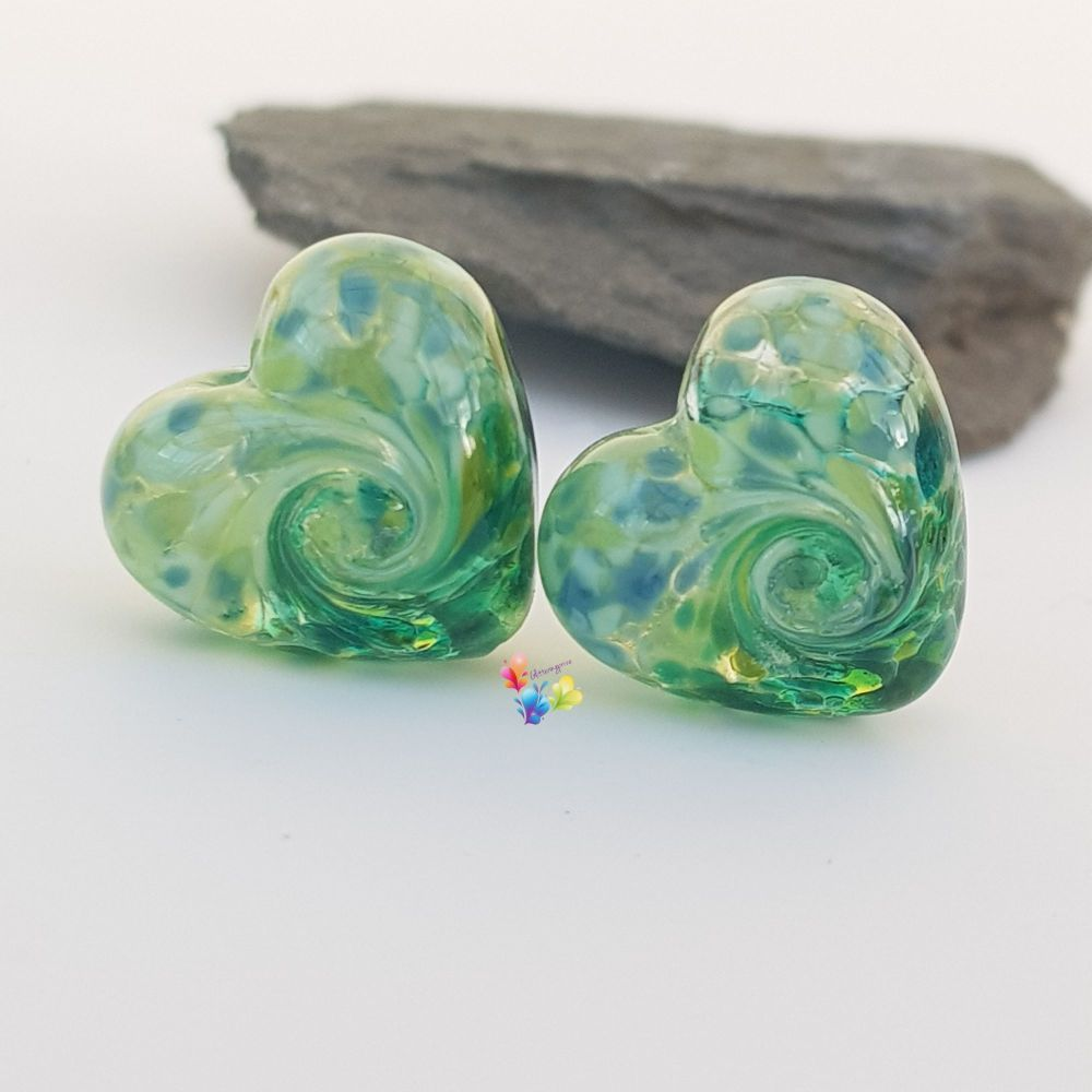 Derry Dance 50/50 Twist Heart Lampwork Bead Pair