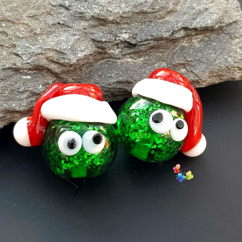 Sparkling Stanley Sprout Christmas Bead Pair