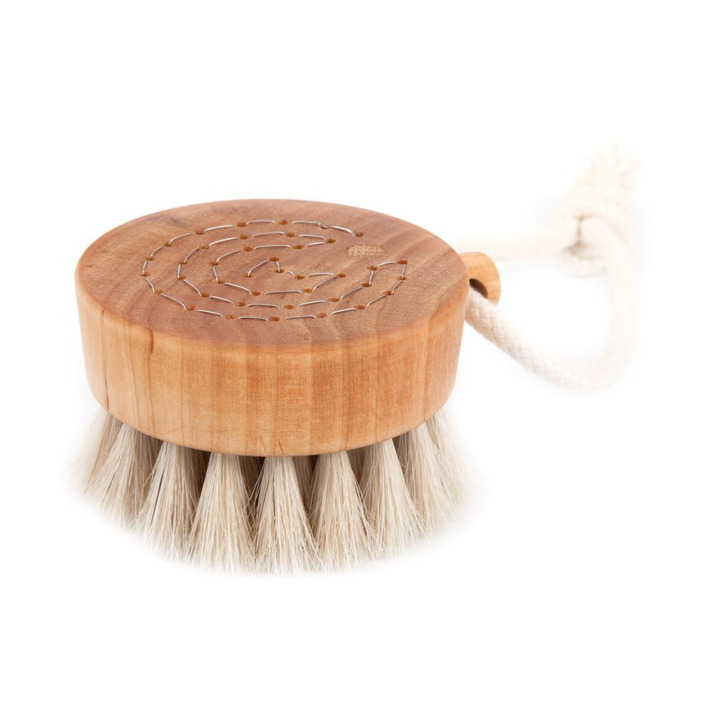 BODY BRUSH - BATH PUCK