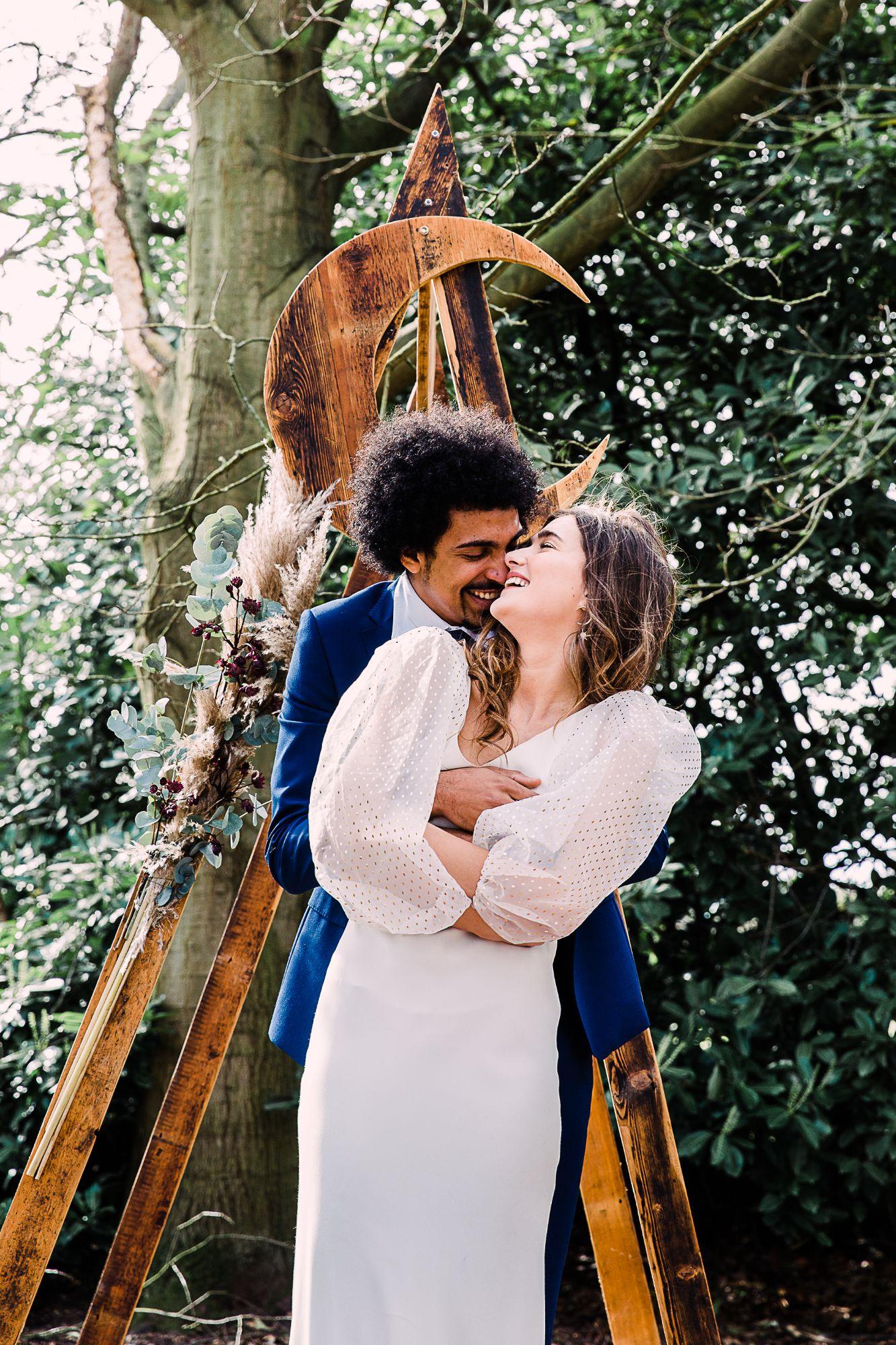 loving wedding photographer