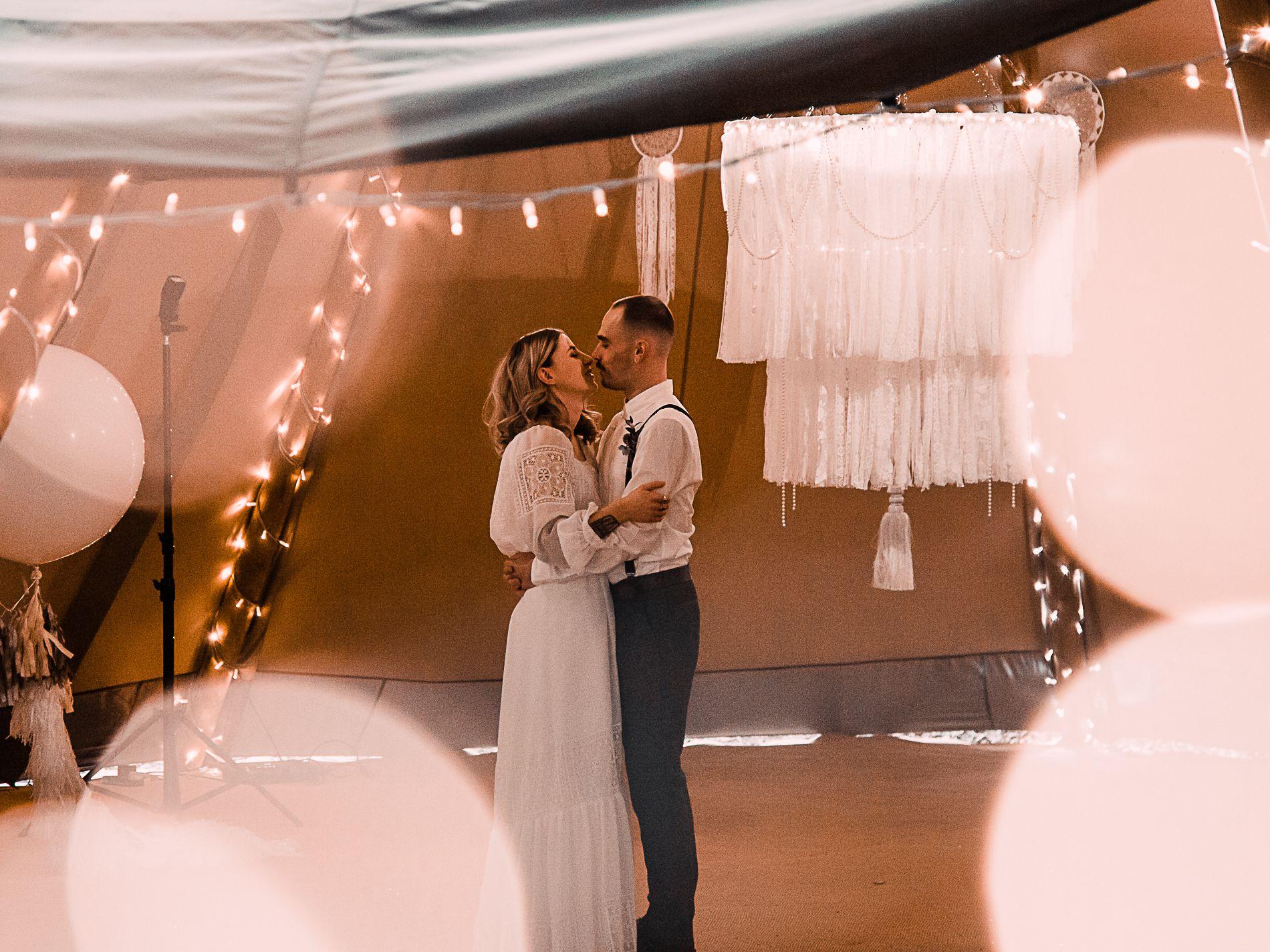 romantic wedding photography Lichfield