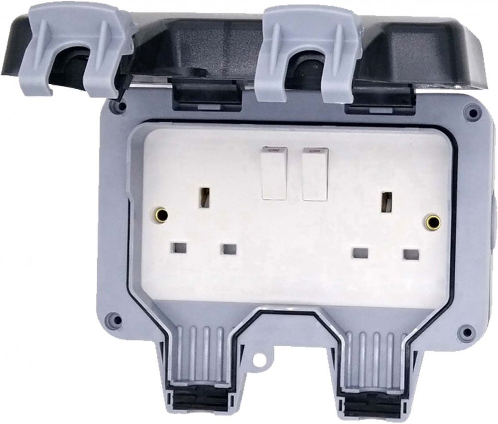 Outdoor IP66 2 Gang Switched Socket