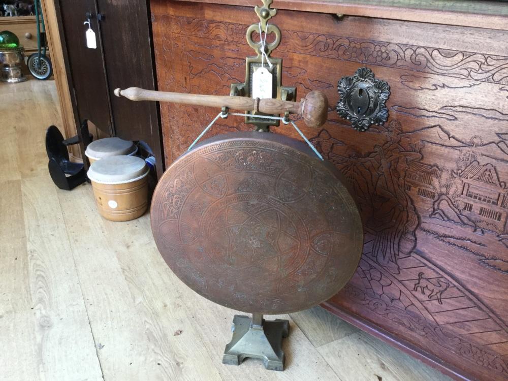 Vintage dinner gong