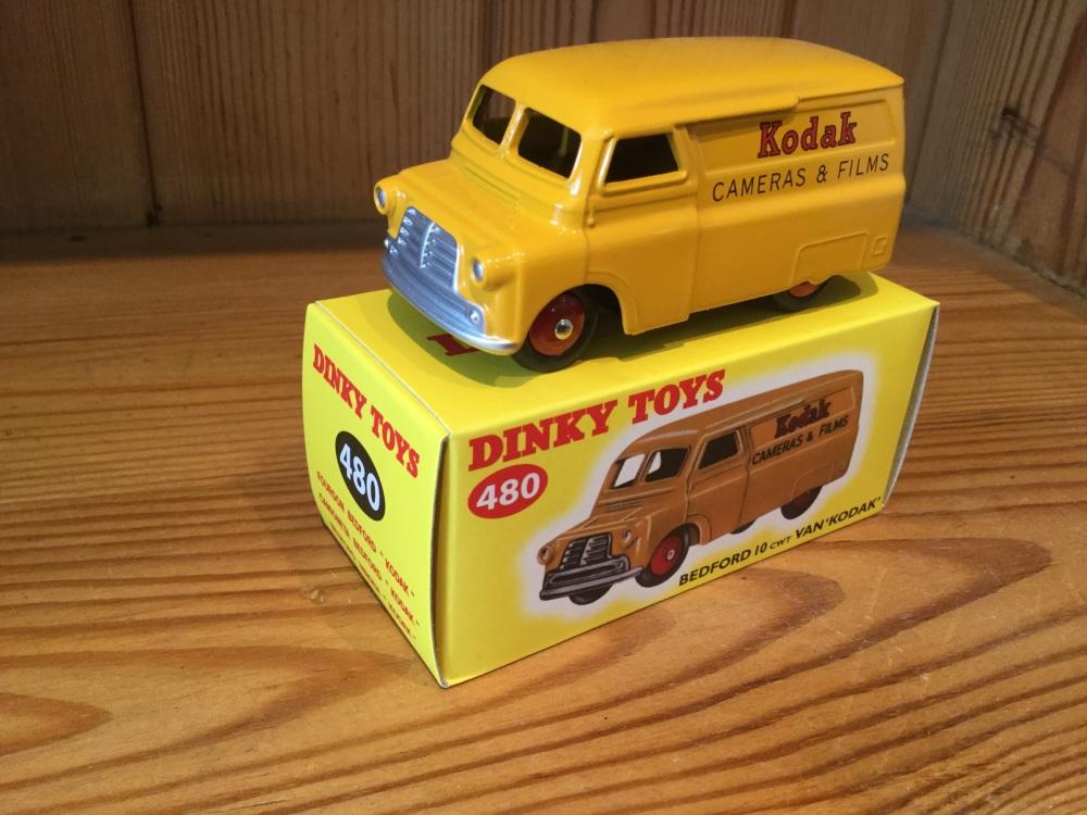 Dinky Bedford Van No.480