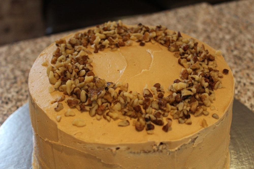 Coffee and Walnut cake - Whole