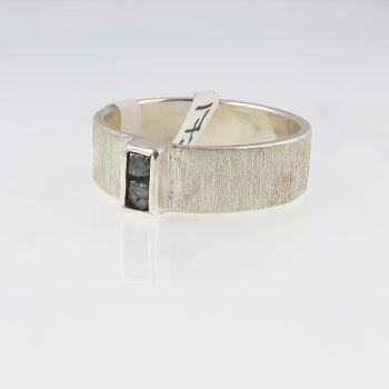 Rough diamond 2 cube ring - grey