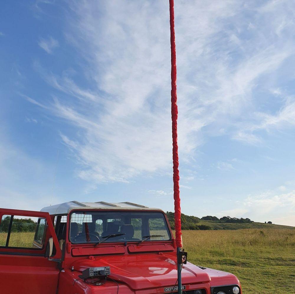 Sleeve antenna, unun, mast.   RED