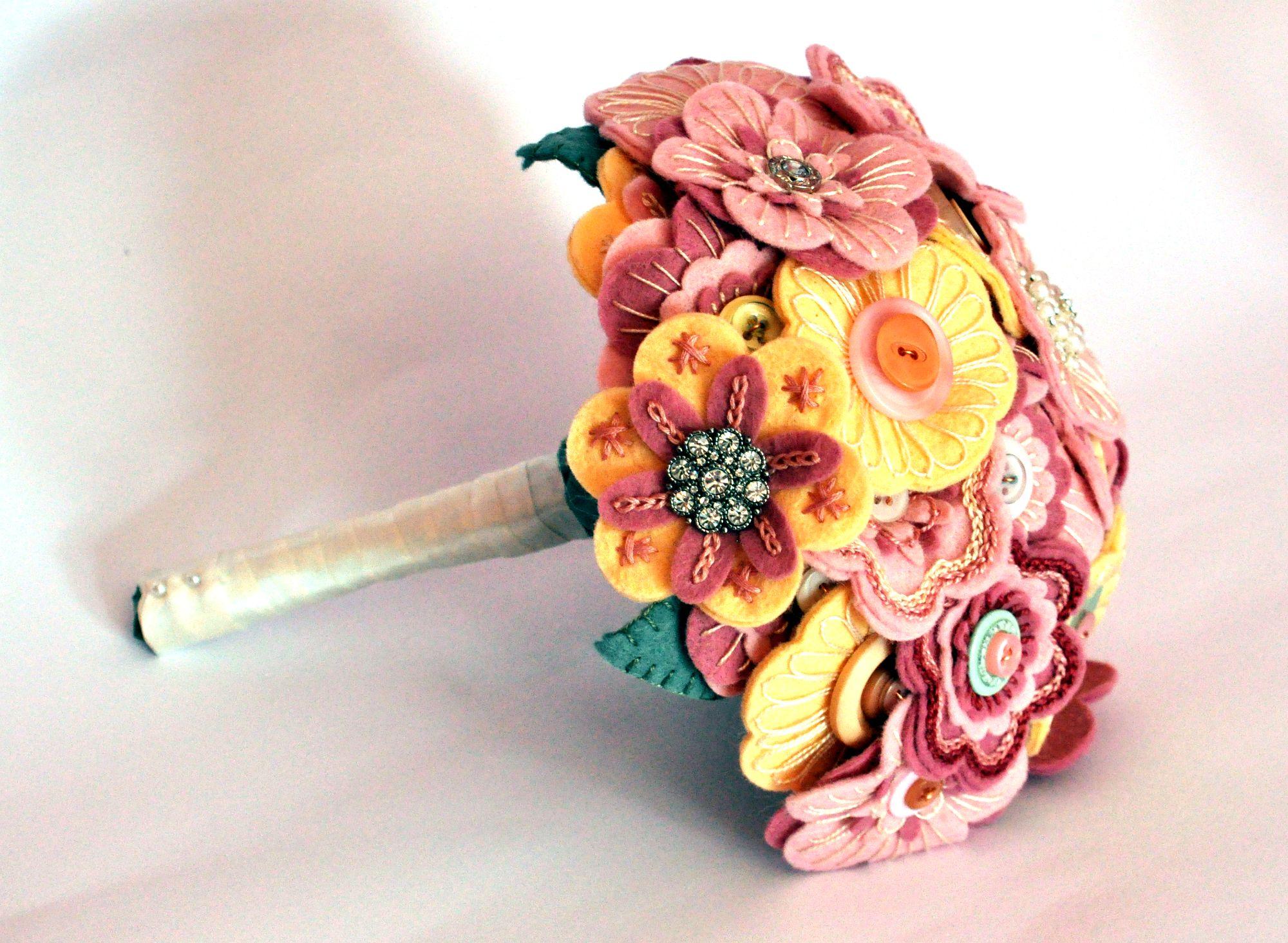 Vintage wedding bouquet 11.JPG